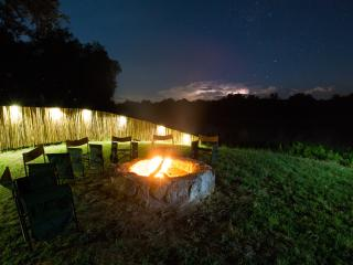 Open starlight boma overlooking the Olifants River