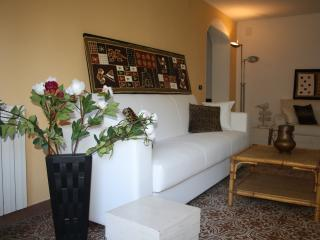 Appartamento Azzurro, Magazzini