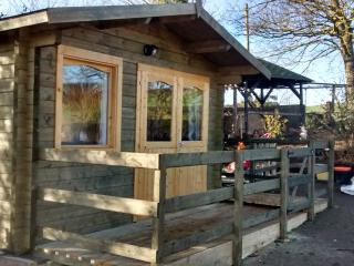 Log Cabin-Mini Lodge-Holiday let Malton