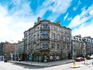 Beautiful Inverleith Apt sleeps 7, Edinburgh