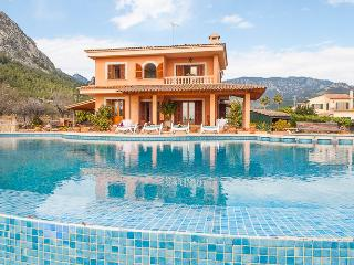 Beautiful finca with Infinity-Pool and garden, Bunyola