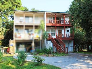 410-B Miller Avenue - Small Dog Friendly - FREE Wi-Fi, Tybee Island