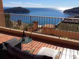 A luxury apartment, secluded, calm and sunny, Villefranche-sur-Mer