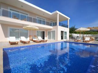 Holiday villa in islamlar kalkan, sleeps 08:  113