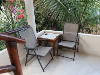 STONE TREE TULUM- HOUSE & COTTAGE-SLEEPS 14