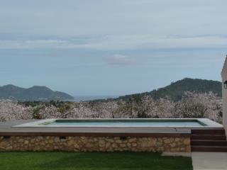 esplendida y moderna villa con vista espectacular