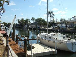 Flamingo Cay, private boat dock, Palma Sola Bay, Anna Maria Island