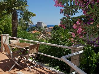 Ankora 1 Old Town and sea view from sunny terrace, Dubrovnik