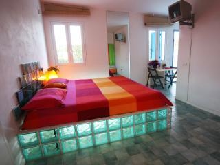Monolocale in villa B&B Residence 300 mt. dal mare, Fontane Bianche
