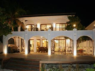King's' Villa on the Beach, bahía de Simpson