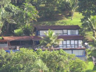 Casa em Angra com vista para o mar