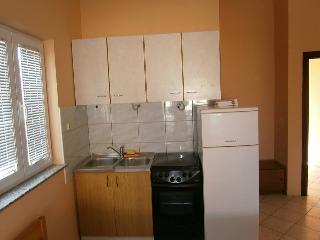 Appartments Knezevic 2, Novalja