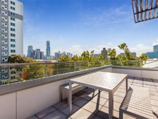 Space, Light and City Views, South Melbourne