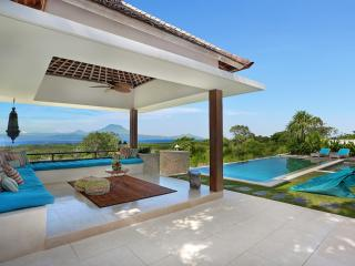353 Degrees North - Luxury Villa on Nusa Lembongan, Bali.