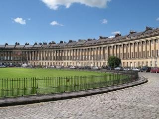 The Royal Crescent Garden Apartment, Bath