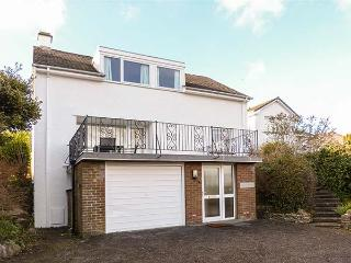 ROCKVILLE, detached, super king-size bed, en-suite, sun terrace, pet-friendly, near Grange-over-Sands, Ref 920948