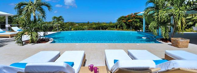 Villa Encore SPECIAL OFFER: St. Martin Villa 327 The Absolute Tranquility And Magnificent Views In Late Afternoon Hours Make This Gorgeous, Spacious And Beautifully Decorated House An Extremely Attractive Choice., Terres Basses