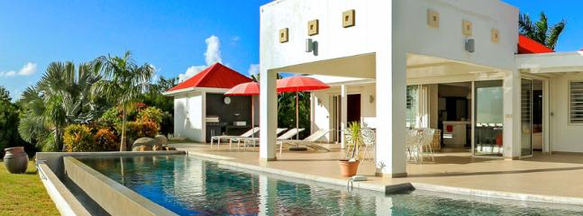 Villa Coral SPECIAL OFFER: St. Martin Villa 87 The Luxurious Villa Overlooks The Caribbean Sea And Offers Gorgeous Sunset Views., Terres Basses