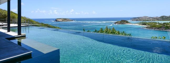 AVAILABLE CHRISTMAS & NEW YEARS: St. Barths Villa 11 Offers A Stunning View On Tortue Island And Marigot Bay.