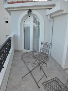 H(5+2): terrace