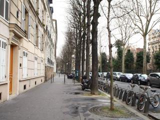 Flat 50m2 near Champs Elysees