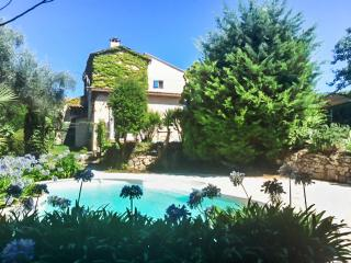 Luxury house near Riviera w/pool, Le Rouret