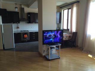 Apartament on Mashtots 33/2 str., Ereván