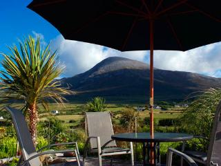 Croagh Patrick Apartment - Luxury self-catering on Bertra Strand, Westport, Mayo