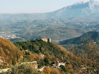 Castello Due - Podenzana Holiday Rentals