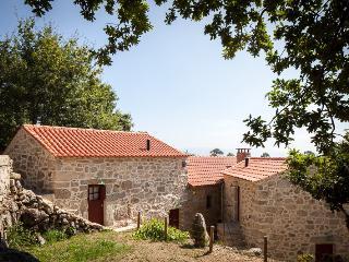 Tracos D'Outrora - Matilde / Custodio's House
