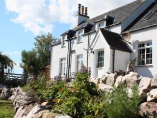 Runie Lodge, Ullapool
