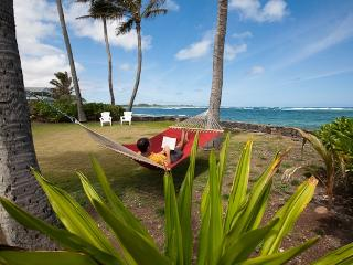 Fall Special Hauula Oceanfront Cottage