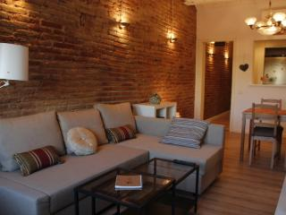 Full renovated apartment in the city centre!, Barcelona