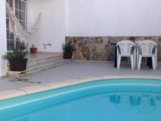 Modern Villa with private pool - AC & wifi, Sesimbra