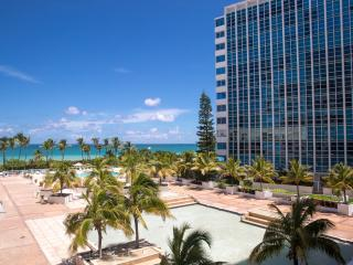 FABULOUS 2BR GEM FOR 6 , WITH WATER VIEWS, OCEANFRONT BUILDING WITH POOL