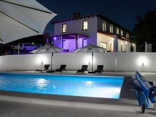 Vivienda rural en Alcalá la Real con gran piscina, Alcala la Real