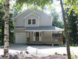 Newer House in Lake Access Community, Moultonborough