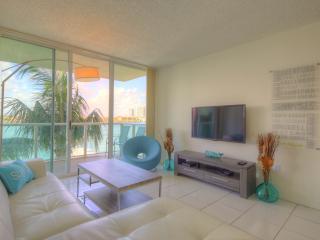 Dlux 2-2in Sunny Isles, Miami Beach, Sunny Isles Beach
