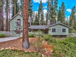 Gorgeous Remodeled 4 BR Home Located Within Minutes of Beaches, Casinos, and Skiing ~ RA61080, Stateline