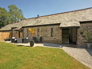 Hob Nob Barn at Old Lanwarnick spacious family barn sleeps 6