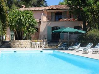 06.690 - Villa with pool b..., Le Rouret