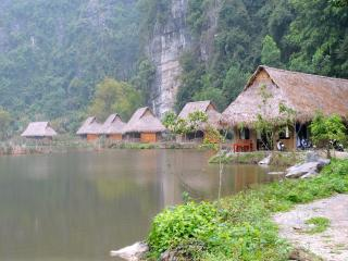Hoa Lu Shack - Bamboo Bungalow
