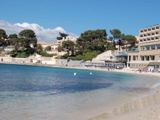 L'Amiradou 4 bedroom villa with pool & views