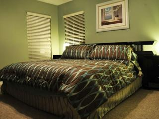 ⭐FABULOUS 7 Bed VILLA⭐Private Pool & Spa/ COZY Patio/ Game Room/ Wii/ Near Disne