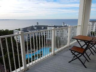 *Spectacular Winter Deals* Breathtaking views! Short walk to Baytowne, Miramar Beach