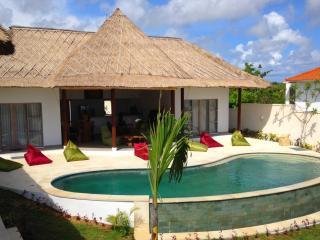 Nice Villa Indah 4 bd Bali