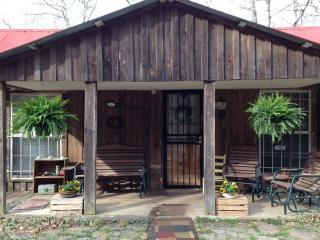 The Cass Cabins, Ozark