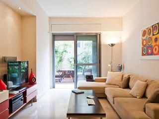 Prime location boutique apartment, Garden+GYM, Tel Aviv