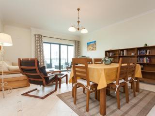 T3 Dunas - Modern & spacious, near Lagos Marina - FREE WIFI