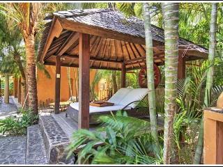 The Breeze Annex-Fabulous Tropics Home (sleeps 15)